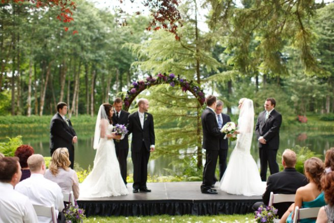 Double wedding two brides and grooms at an alter | Kelly Chandler Consulting