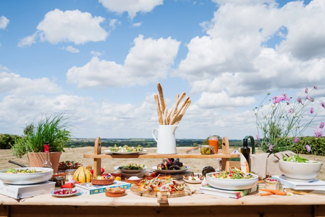 Rustic buffet style sharing table | Kelly Chandler Consulting