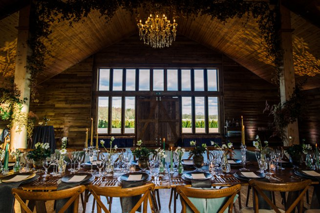 Luxury rustic wedding breakfast table setting | Kelly Chandler Consulting