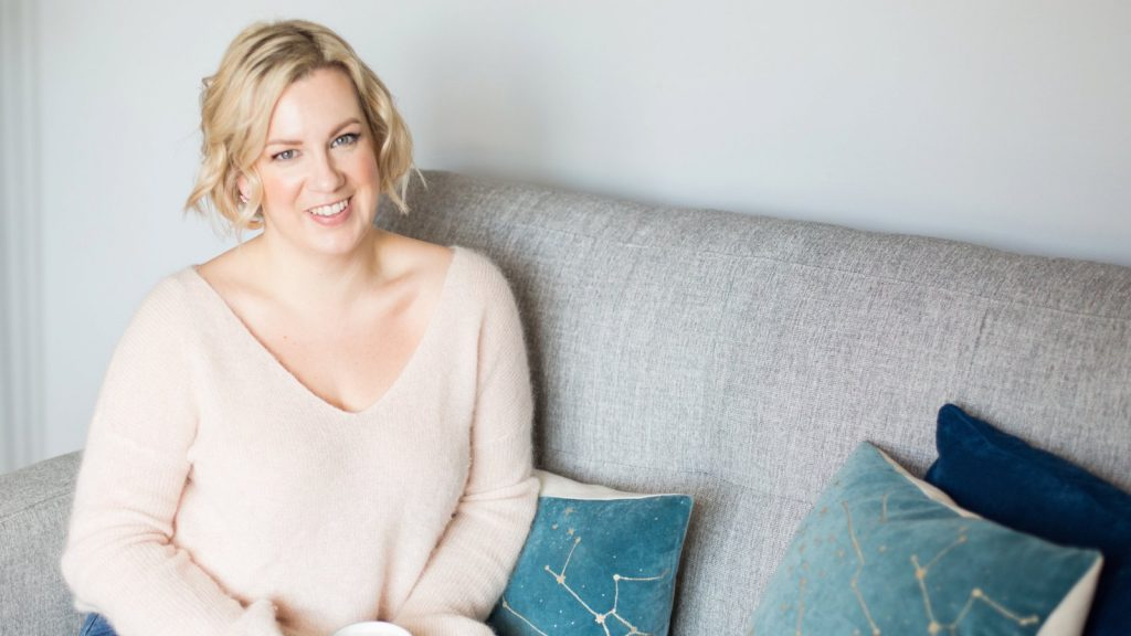 Louise Beukes | Getting your venue on wedding blogs